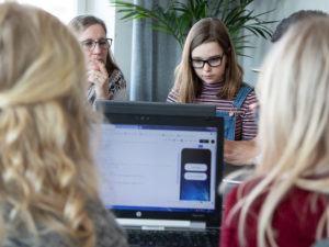 ESSIQ lockar kvinnor till ingenjörsbranschen